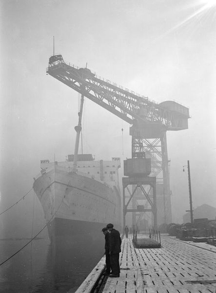 18th December 1929: The Canadian Pacific liner 'Empress of Japan' being fitted at the Fairfield Works in Glasgow. (Photo by S. R. Gaiger/Topical Press Agency/Getty Images)
