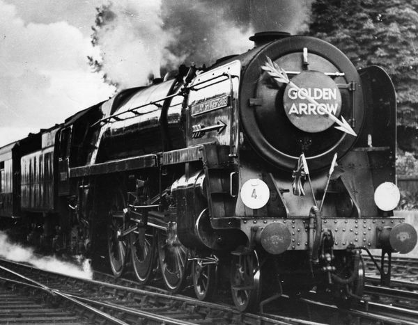 Golden Arrow. 30th September 1952: The Britannia class locomotive William