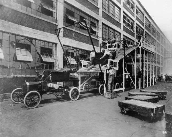 Canvas Assembly Workers at Ford Car Factory Art print POSTER