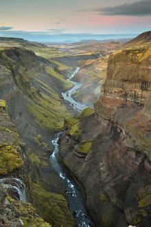 global landscape views/fred concha photography/amazing haifoss waterfall beautiful waterfalls