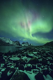 Aurora borealis over Tombstone mountain