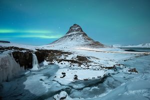 Aurora over Kirkjufell mountain