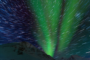 Aurora and star trail