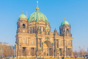 travel/nutexzles/beautiful view historic berlin cathedral berliner