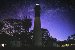 HUNTING ISLAND LIGHT HOUSE