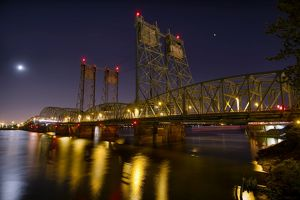 I-5 Interstate Bridge over Columbia River at Night