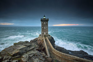 global landscape views/fred concha photography/kermorvan lighthouse brittany