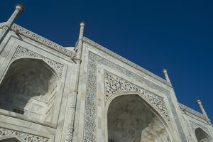 Low angle view of the Taj Mahal, Agra, Uttar Pradesh, India