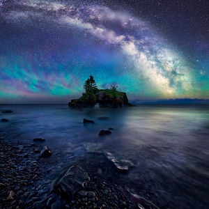 Milky Way Over Hollow Rock