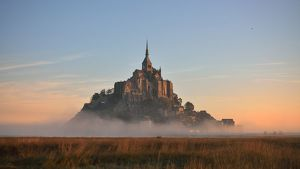 global landscape views/fred concha photography/mont saint michel abbey sunset normandy france