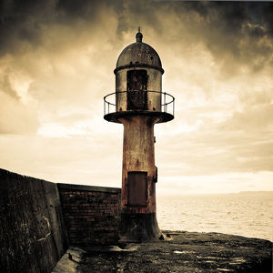 Old Beacon - Methil Pier / Docks