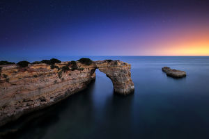 global landscape views/fred concha photography/portugal algarve landscape near lagoa praia