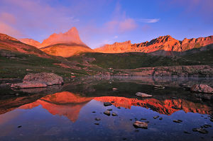 Sunrise at Ice Lake Basin