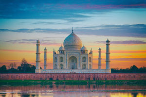 The Taj Mahal and the Yamuna River in Agra, India