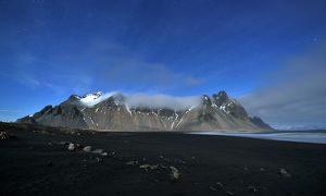 global landscape views/fred concha photography/vesturhorn mountain iceland